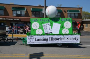 LHS float in the Good Neighbor Day Parade advertising Picnic of the Past.